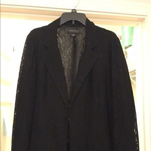 Forever 21 black and lace blazer